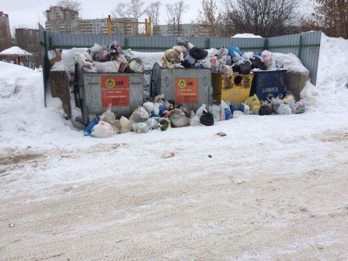 В Кирове вновь появились мусорные свалки