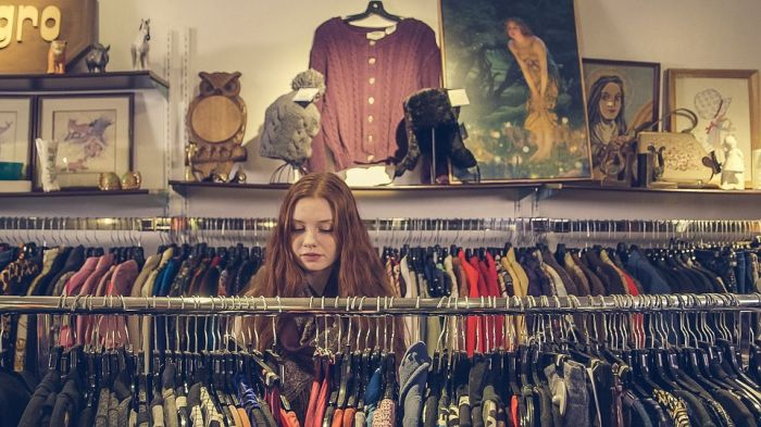 Как сэкономить на покупке одежды?