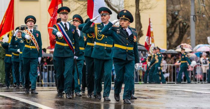 В Кирове мошенники продают билеты на Парад Победы за 1500 рублей