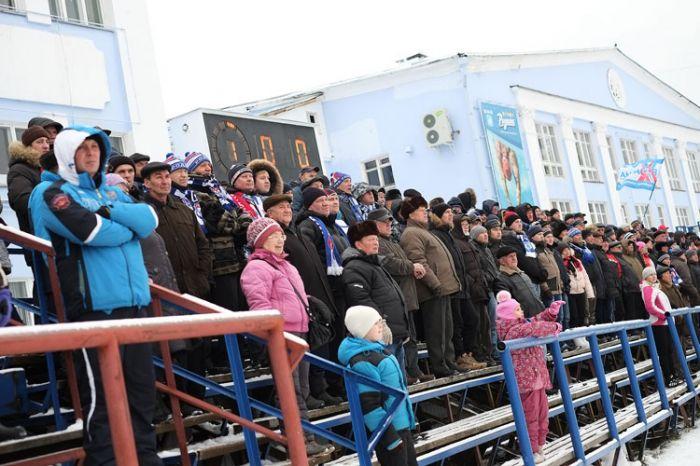 """Члены правительства решили поддержать кировскую """"Родину"""""""