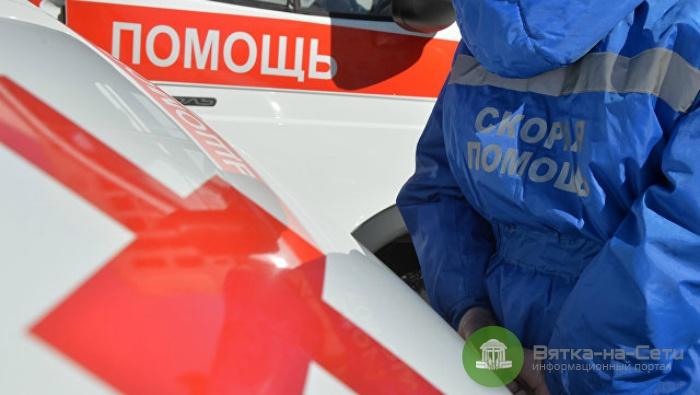 В Омутнинске женщина напоила 16-летнего сына уксусной кислотой