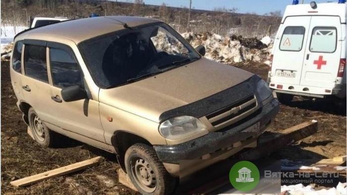На пилораме в Омутнинском районе авто без водителя задавило мужчину
