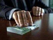 Депутат в Кировской области присвоил более 400 тысяч рублей