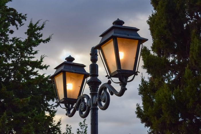В Нововятском парке появится 105 фонарей