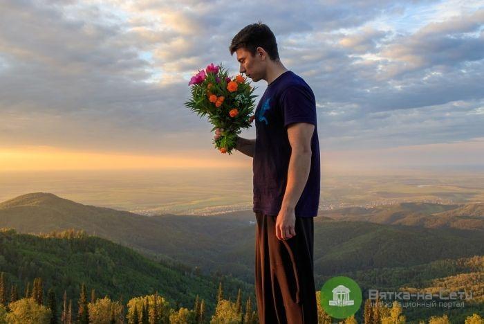 Букет для мужчины: цветы – символ силы