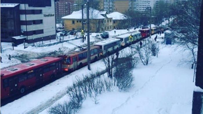 Дорожный коллапс в Кирове. День третий