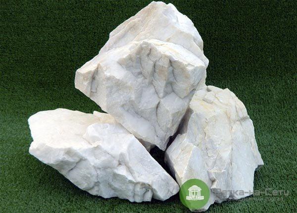 Натуральный камень для мемориальных комплексов — какой выбрать?