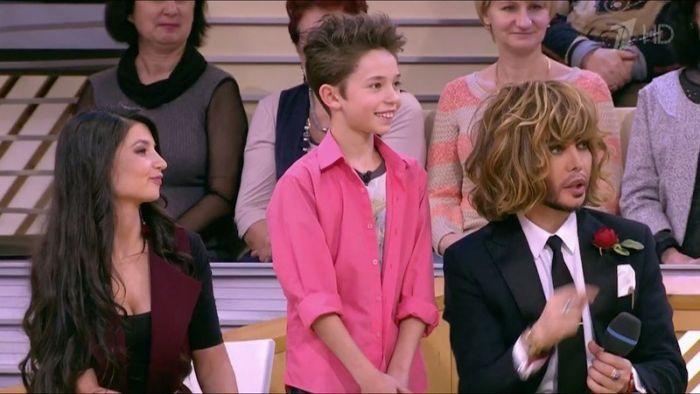 9-летний кировский стилист Богдан Фролов сделал причёску в эфире Первого канала