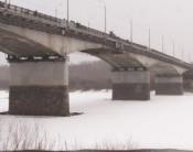 13-летний искатель приключений сорвался со старого моста
