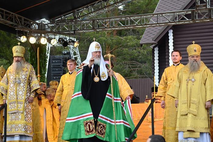 В торжествах Великорецкого крестного хода приняли участие 75 тысяч человек