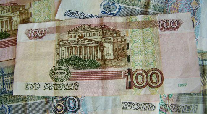 Кировский юрист Ярослав Михайлов предложил ввести сбор на выезд из Кирова в размере 200 руб.