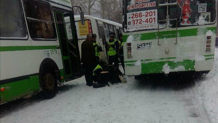 Кировчанка серьезно пострадала из-за вылетевшей из-под колес автобуса доски