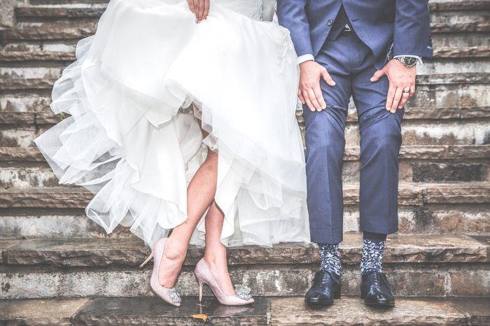 Короткое свадебное платье: за и против