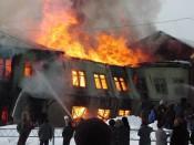 Добровольцы Фалёнского района спасли из огня 12 машин