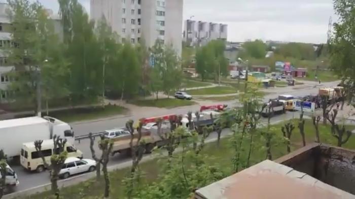 В Кирове перекрыли улицу для проезда кортежа патриарха