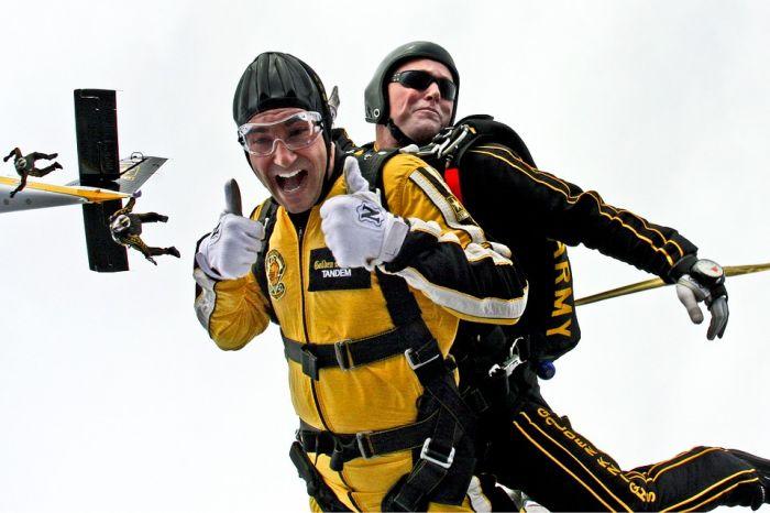 Как решиться на прыжок с парашютом и почему это стоит обязательно сделать?