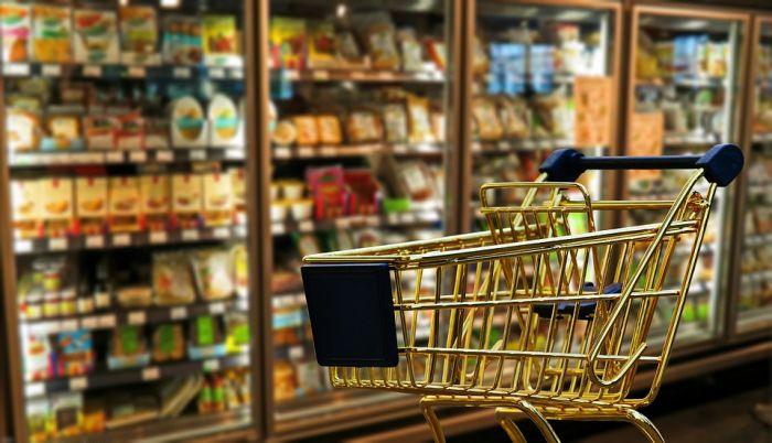 ВКировской области люди сократили расходы напродукты питания