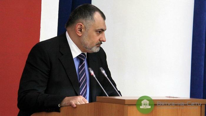 В мэрии назвали причину отставки главы ДДХ