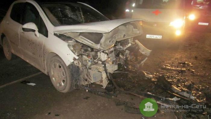 Два человека госпитализированы в результате ДТП под Кировом