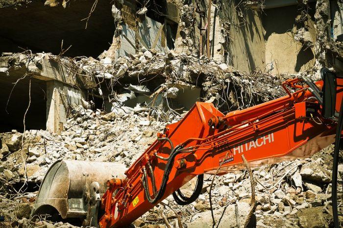 В Кирове снесут 10 аварийных домов