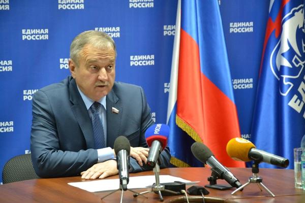 Владимир Быков заработал в 2016 году 3,8 млн рублей