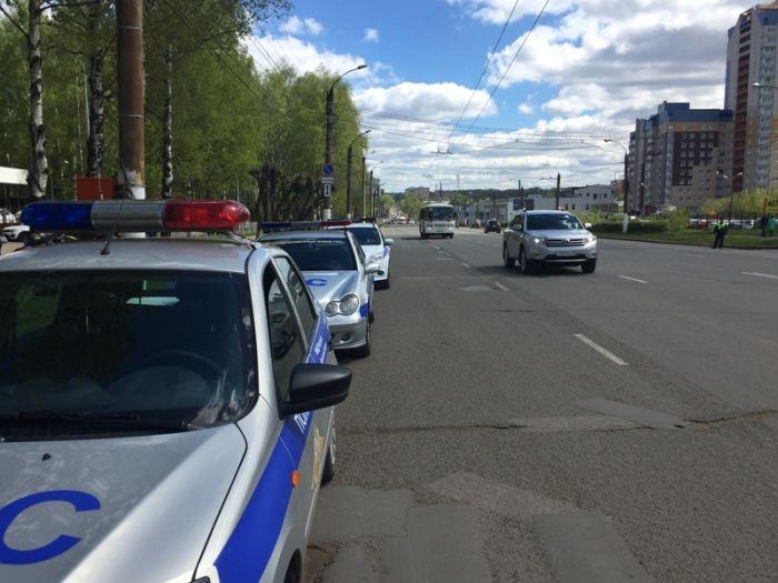 Занеделю вПервоуральске словили 89 водителей снезаконной тонировкой