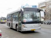 45 водителей автобусов Кирова получили нагрудные знаки отличия «За безаварийную работу»