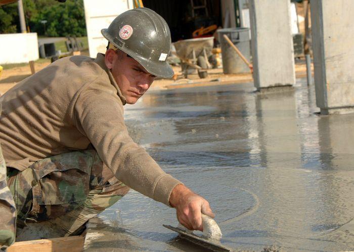 Пропитки для готовых бетонных конструкций: как улучшить качество бетона?