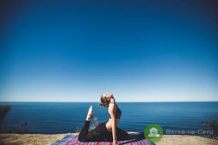 Как стать тренером йоги?