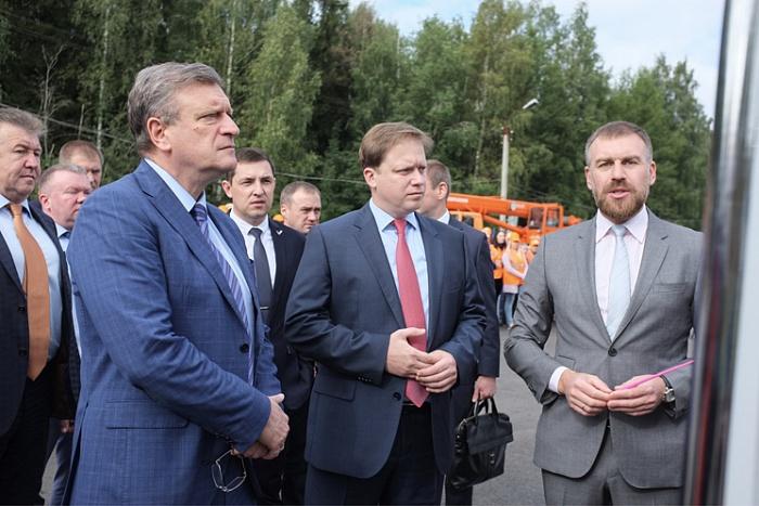 Сегодня после ремонта открылся 15-километровый участок на подъезде к Кирову