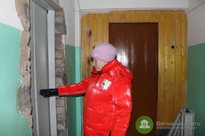 Подрядчик, из-за которого в домах кировчан не работают лифты, заключил новые контракты в Москве