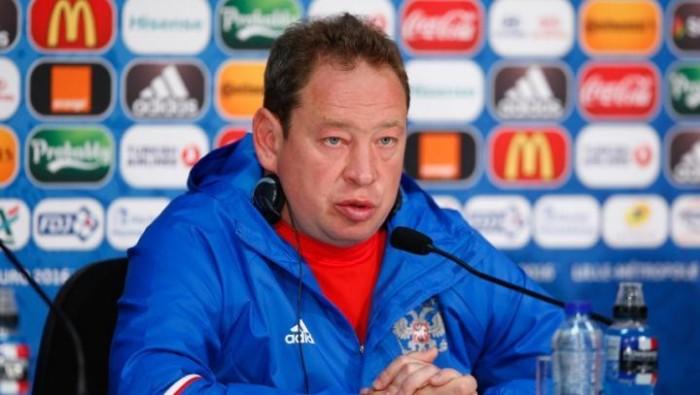Леонид Слуцкий официально покинул пост главного тренера сборной России по футболу
