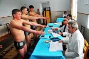 Сотрудник кировского военкомата брал взятки за признание призывников негодными для службы в армии