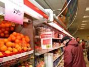 Торговые сети продолжают притеснять кировских товаропроизводителей