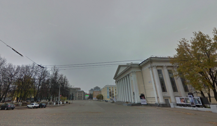 Новую сцену на Театральной площади планируют установить к 5 декабря