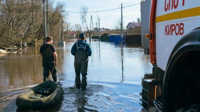 Уровень воды в Вятке за сутки упал на 3 см