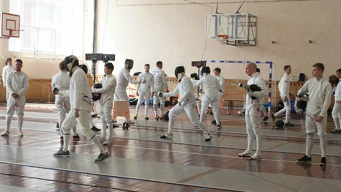 В Кирове прошли всероссийские соревнования по фехтованию