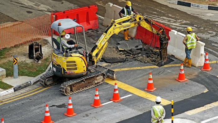Подрядчиков заставят исправлять некачественный ремонт кировских дорог