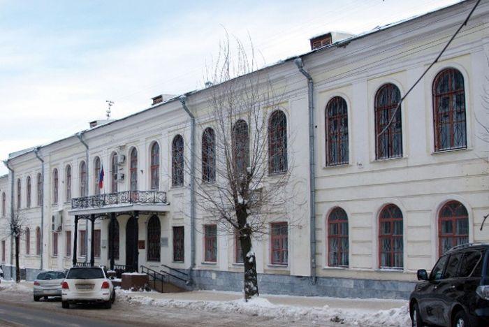 В Кирове оцепили здание Ленинского районного суда перед заседанием по делу Навального
