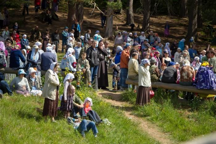 Более 60 тысяч человек прибыли в Великорецкое