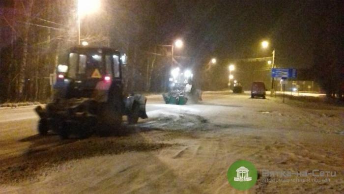 За сутки в Кирове подрядчики расчистили более 5 млн кв.м. дорог