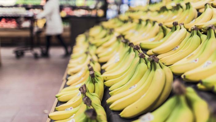 За 3 месяца 2018 года кировчане потратили на приобретение товаров более 44 млрд рублей