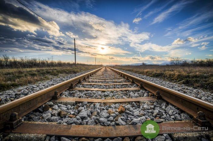 В Кирове с поезда сняли мужчину с наркотиками