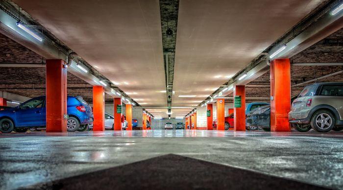 В Кирове планируют построить многоуровневые парковки