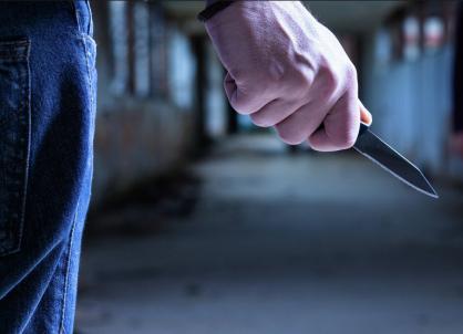 Житель Советска изрезал ножом сына своей сожительницы
