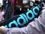«Adidas»  не «Adidas». Очередной контрафакт нашли в Кирове.