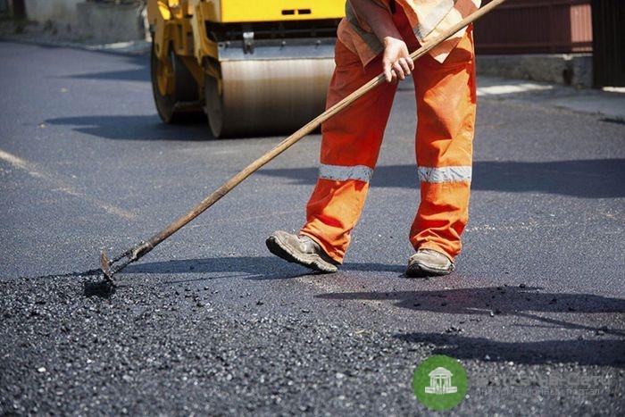 На ремонт дорог в городских поселениях Кировской области выделили 181 млн рублей