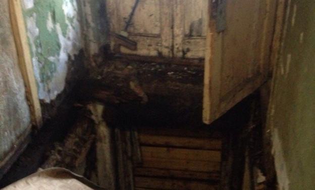 В Кирове обвалилися пол второго этажа жилого дома