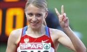 Чемпионка по легкой атлетике Анна Альминова получила в подарок квартиру в Кирове