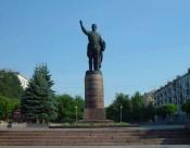 На ремонт памятника у ЦУМа потратят 2,6 миллиона рублей
